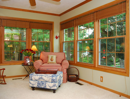 Thermo Industries Wooden Double Hung: Colonial Grid - Vinyl Replacement Window